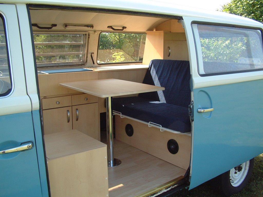 The volkswagen bus photo gallery for Vw kombi interior designs